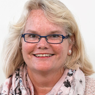 Arna  Vennis-Wiers