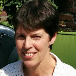 Lucie  Broeksteeg