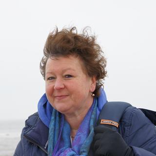 Liesbeth  Dekker-Falkmann